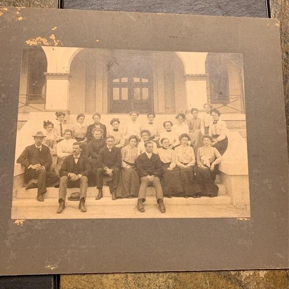 Antique 1902 class photo
